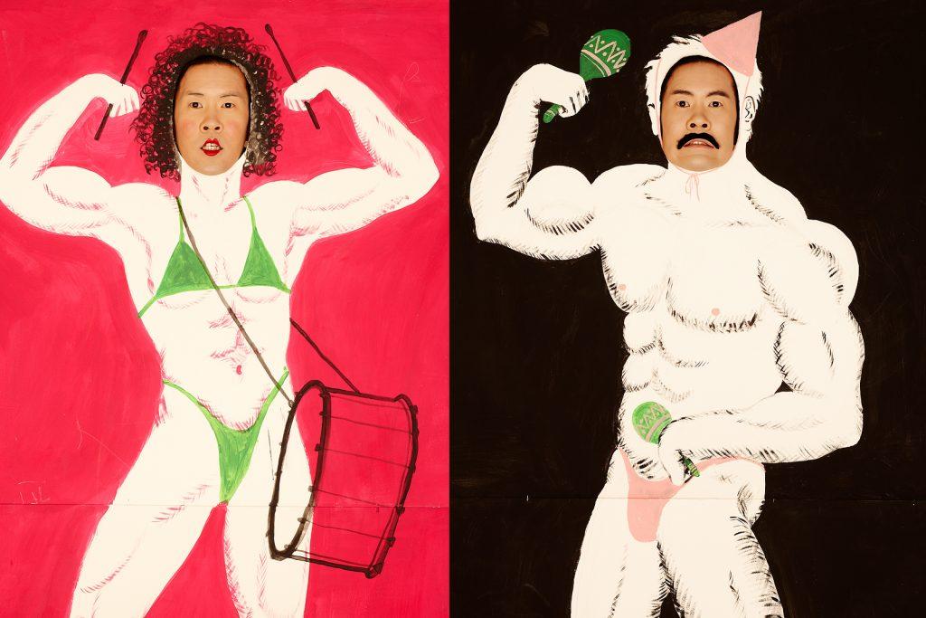 Der Künstler, Ming Wong, in seinem Atelier hinter einer bemalten Stellwand, Berlin Kreuzberg, Jan. 2013